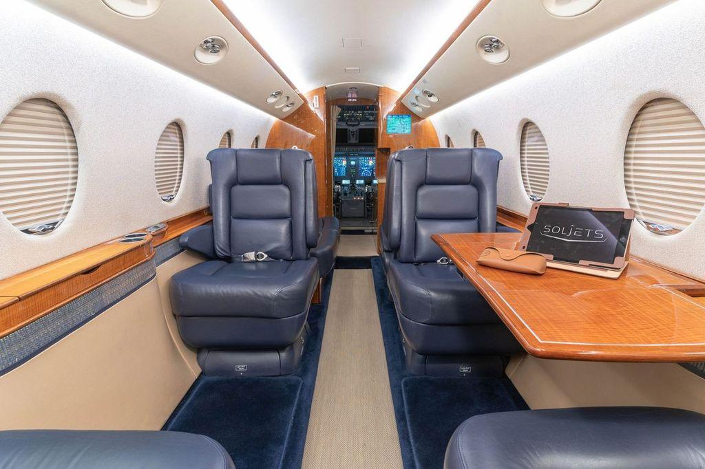 2006 Gulfstream G150 Photo 3