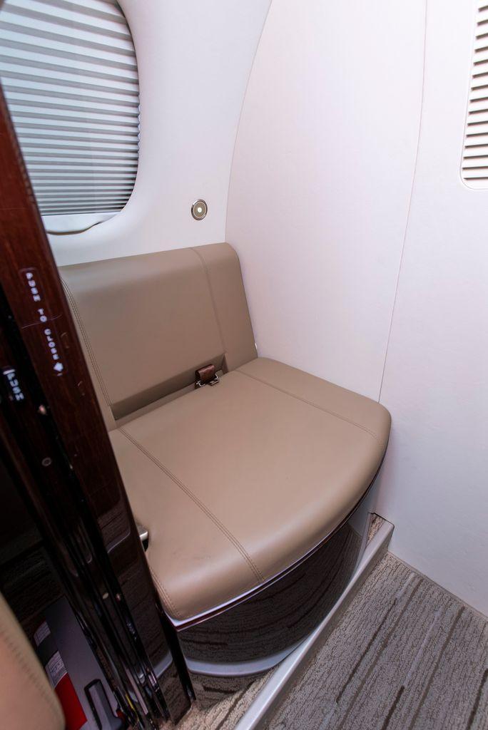 2018 Embraer Phenom 100EV Photo 4