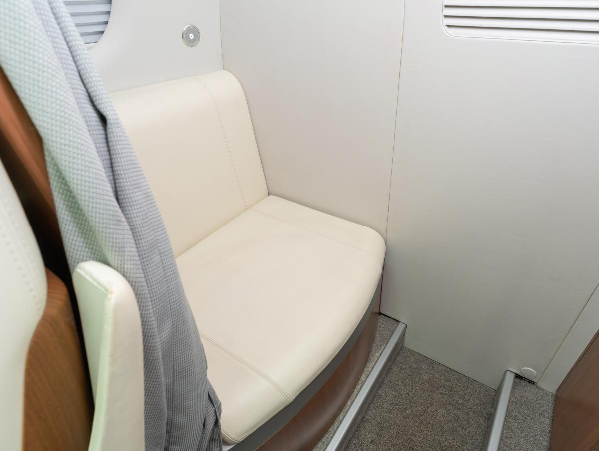 2010 Embraer Phenom 100 Photo 4
