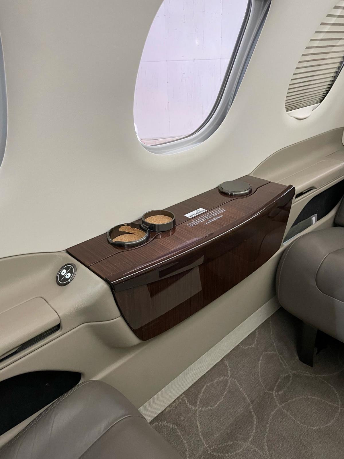 2016 Embraer Phenom 100E Photo 4