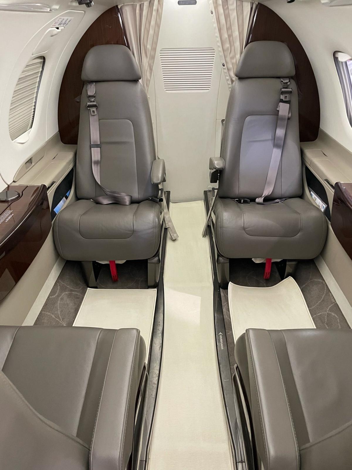 2016 Embraer Phenom 100E Photo 7