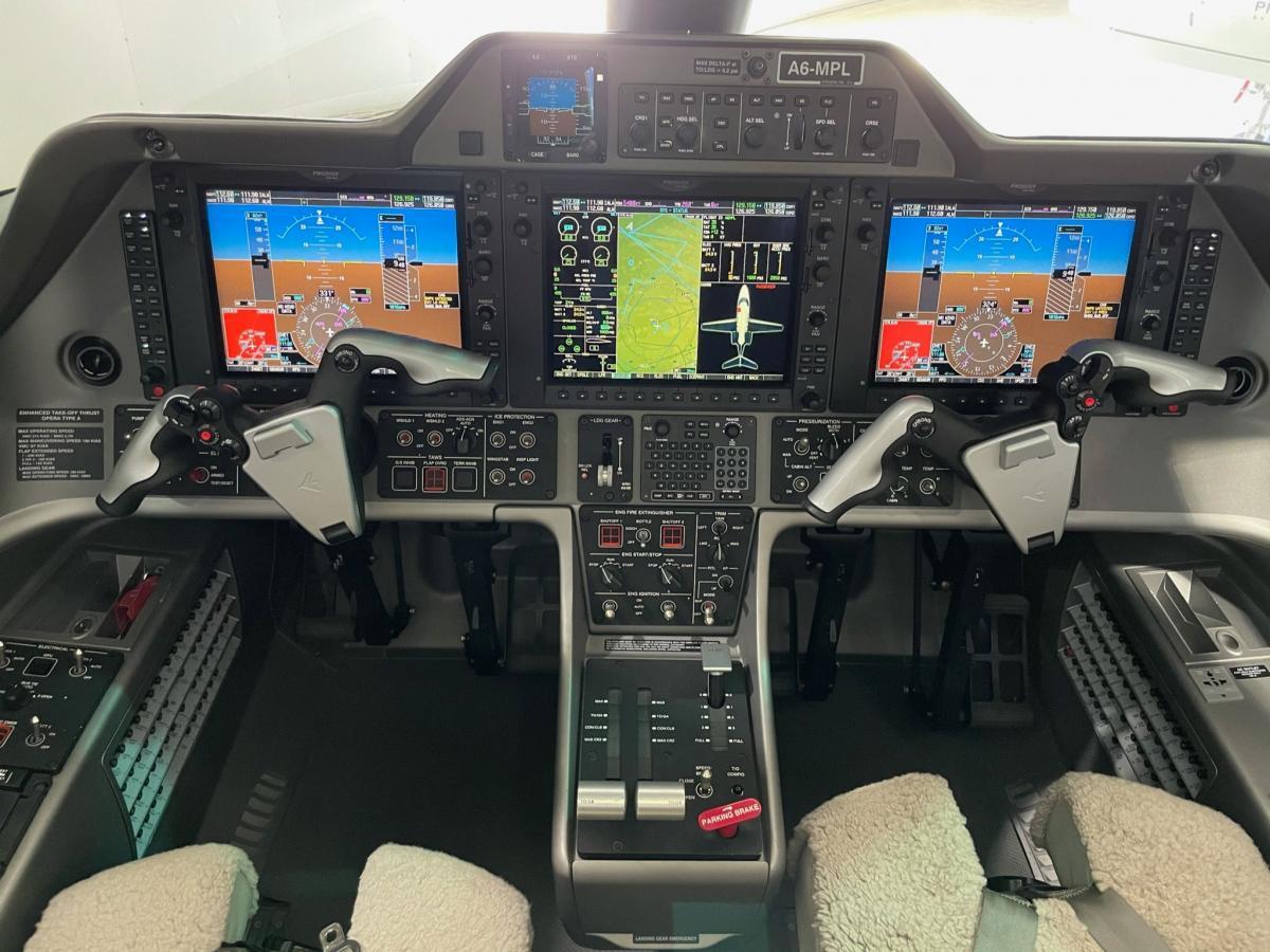 2016 Embraer Phenom 100E Photo 6