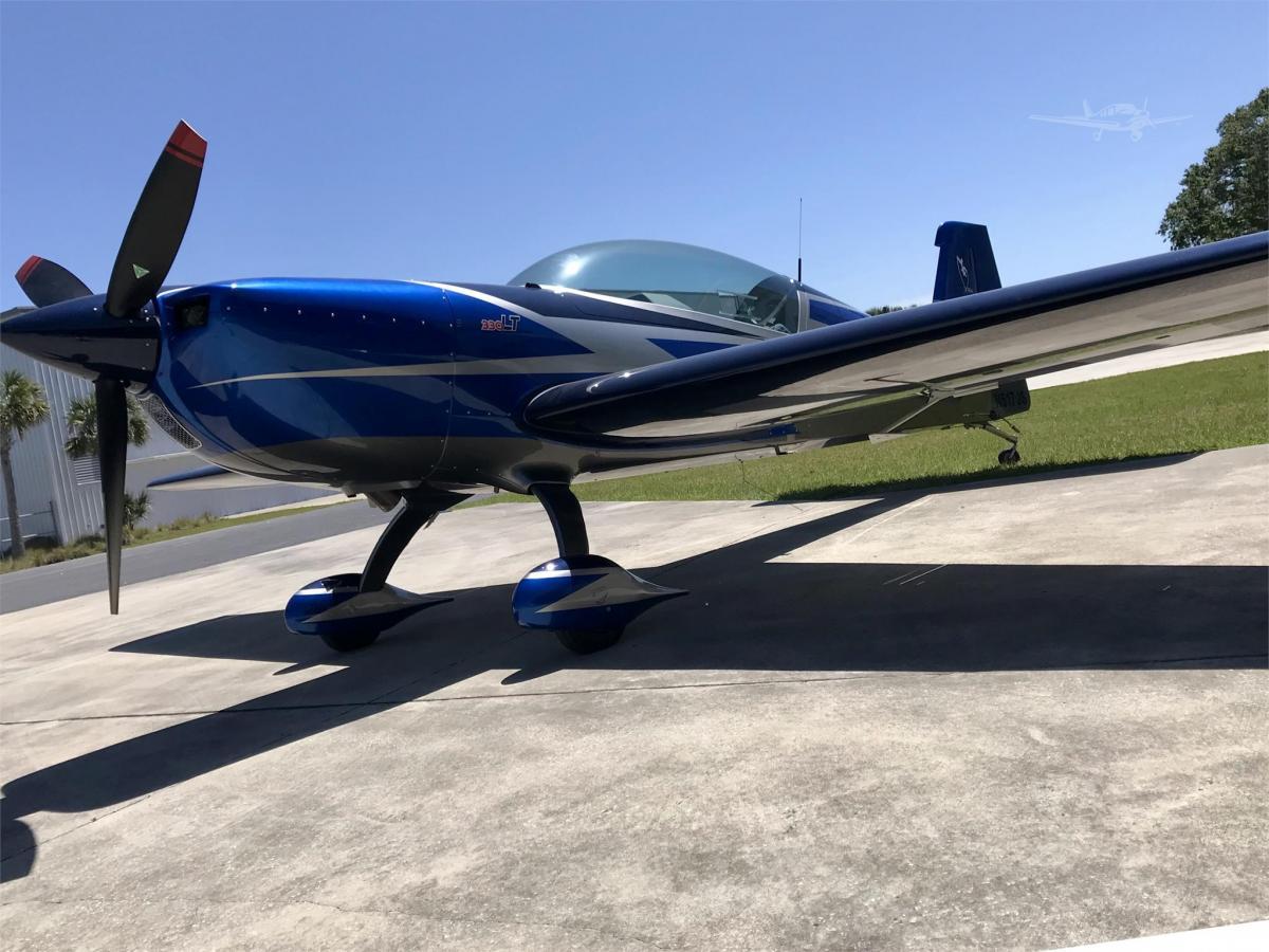 2019 EXTRA AIRCRAFT EA 330LT - Photo 1