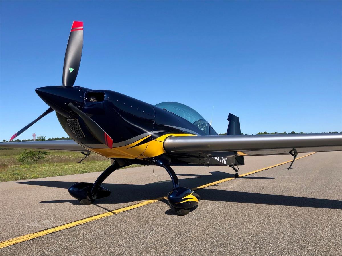 2013 EXTRA AIRCRAFT EA 330LX - Photo 1