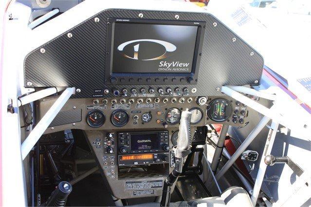 1999 EXTRA AIRCRAFT EA 300/L Photo 4
