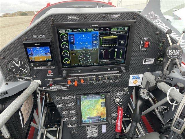 2019 EXTRA AIRCRAFT EA 330LT Photo 3