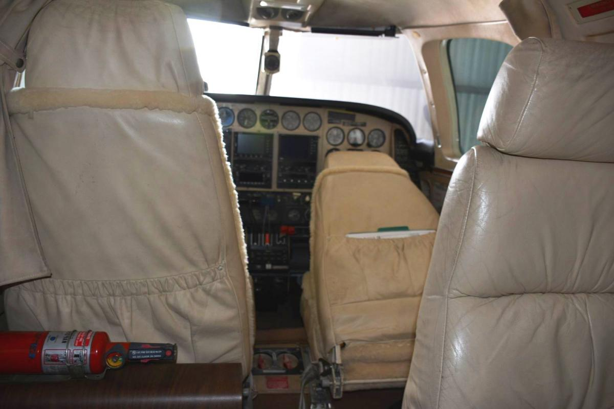 1978 Beechcraft B60 Duke BLR Grand Duke Package Photo 2