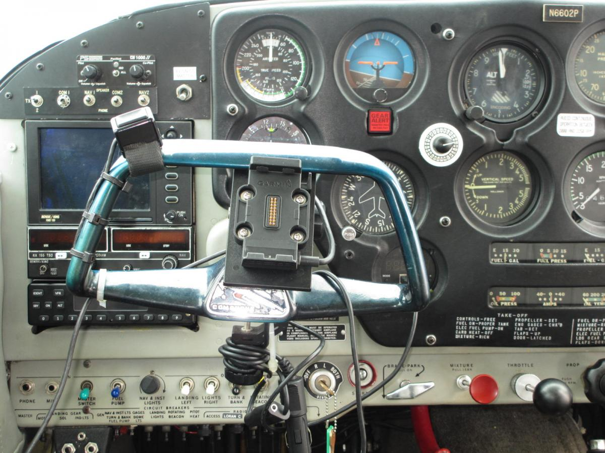 1960 Piper Comanche 180 Photo 7