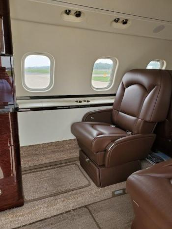 1996 Learjet 60 - Photo 3