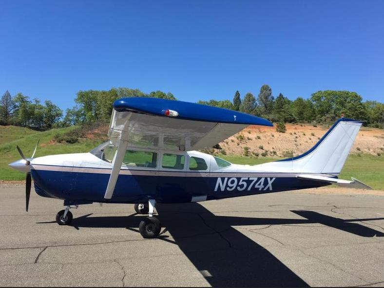 1962 Cessna 210B - Photo 1