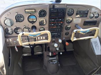 1962 Cessna 210B - Photo 7
