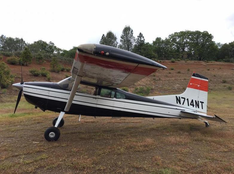 1983 Cessna 185F Skywagon  - Photo 1