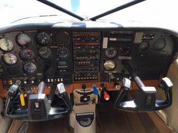 1978 TU 206G Stationair Amphibian - Photo 6