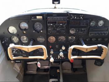 1962 Cessna 185 - Photo 4