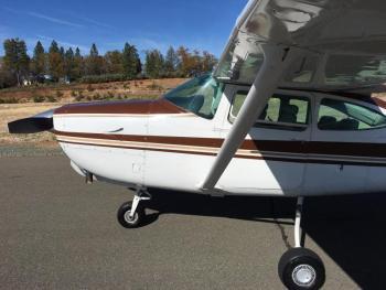 1980 Cessna 182 Turbo RG II - Photo 2