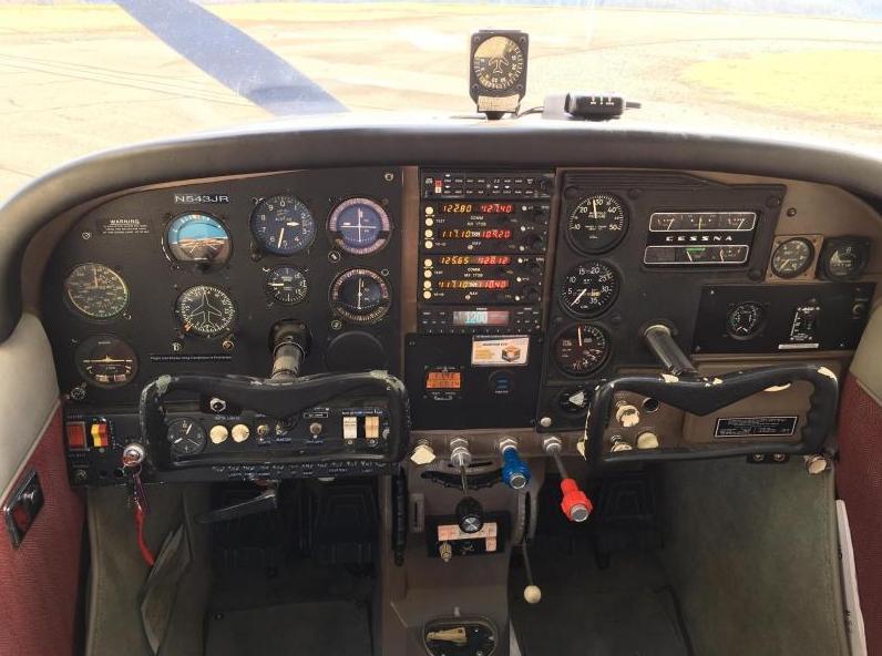 1964 Cessna 205A Super Skylane Photo 4