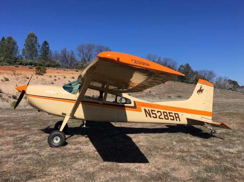 1976 Cessna 185F Skywagon Photo 2