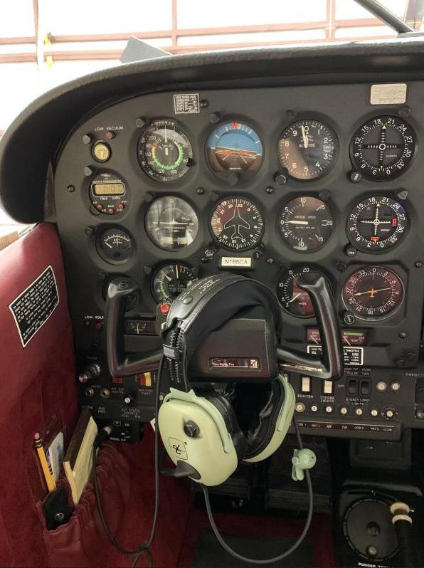 1985 Cessna 185 F Skywagon II Photo 7