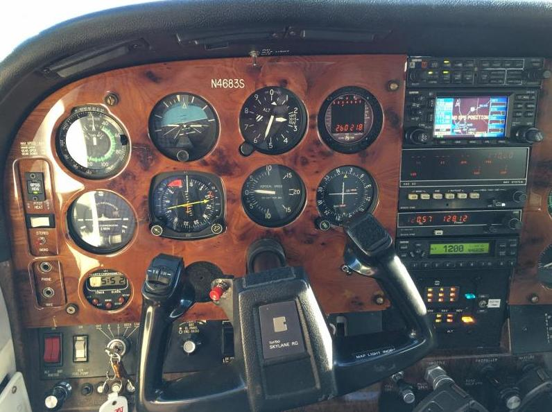 1980 Cessna 182 Turbo RG Skylane Photo 6