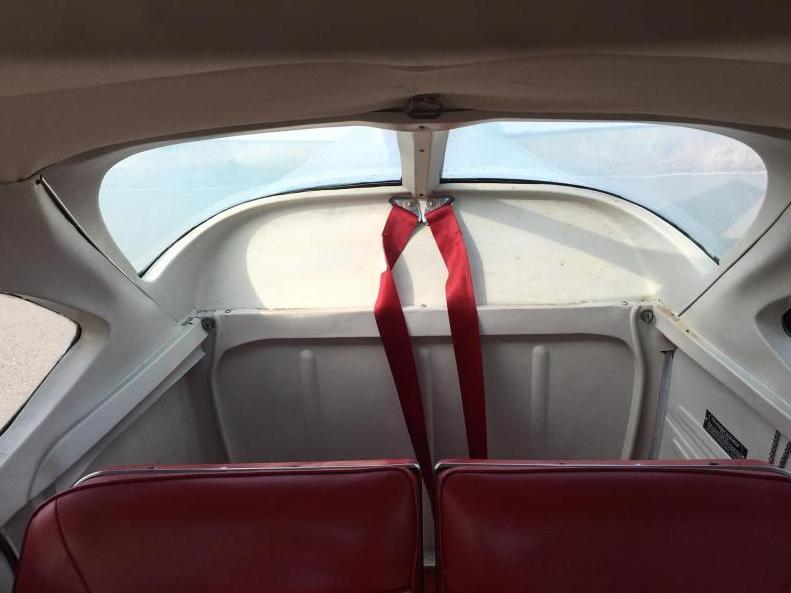 1968 Cessna 172 Skyhawk  Photo 6