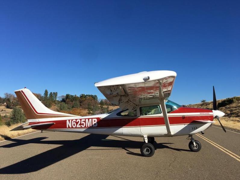 1964 Cessna 182 Photo 3