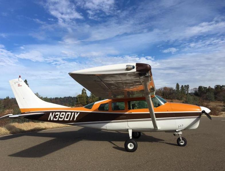 1964 Cessna 210 Photo 3