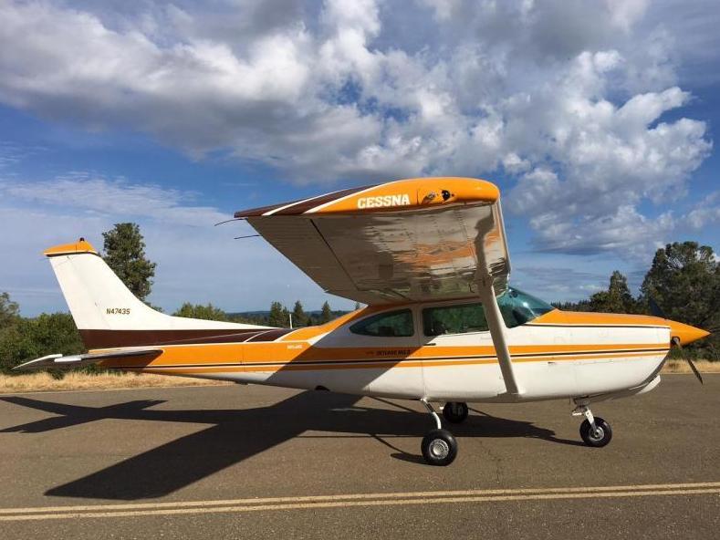 1980 Cessna 182 Turbo RG Skylane Photo 3