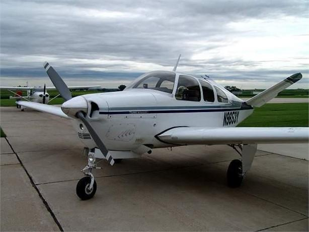 1963 BEECHCRAFT P35 BONANZA Photo 2