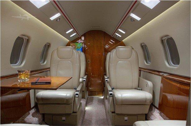 2013 Learjet 60XR Photo 3