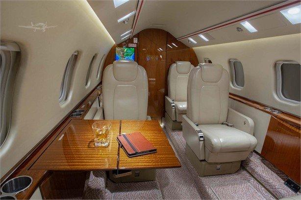 2013 Learjet 60XR Photo 4