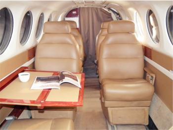 1993 Beech King Air 300 LW - Photo 5