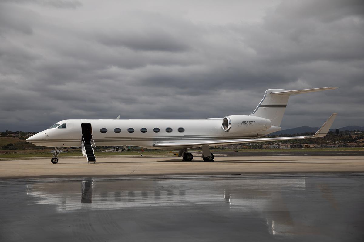 2004 Gulfstream G550 - Photo 1