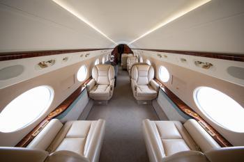 2004 Gulfstream G550 - Photo 2