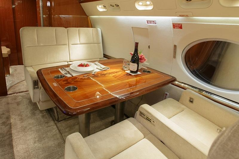 1997 Gulfstream G-V Photo 6