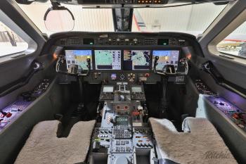 2010 Gulfstream G450 - Photo 15