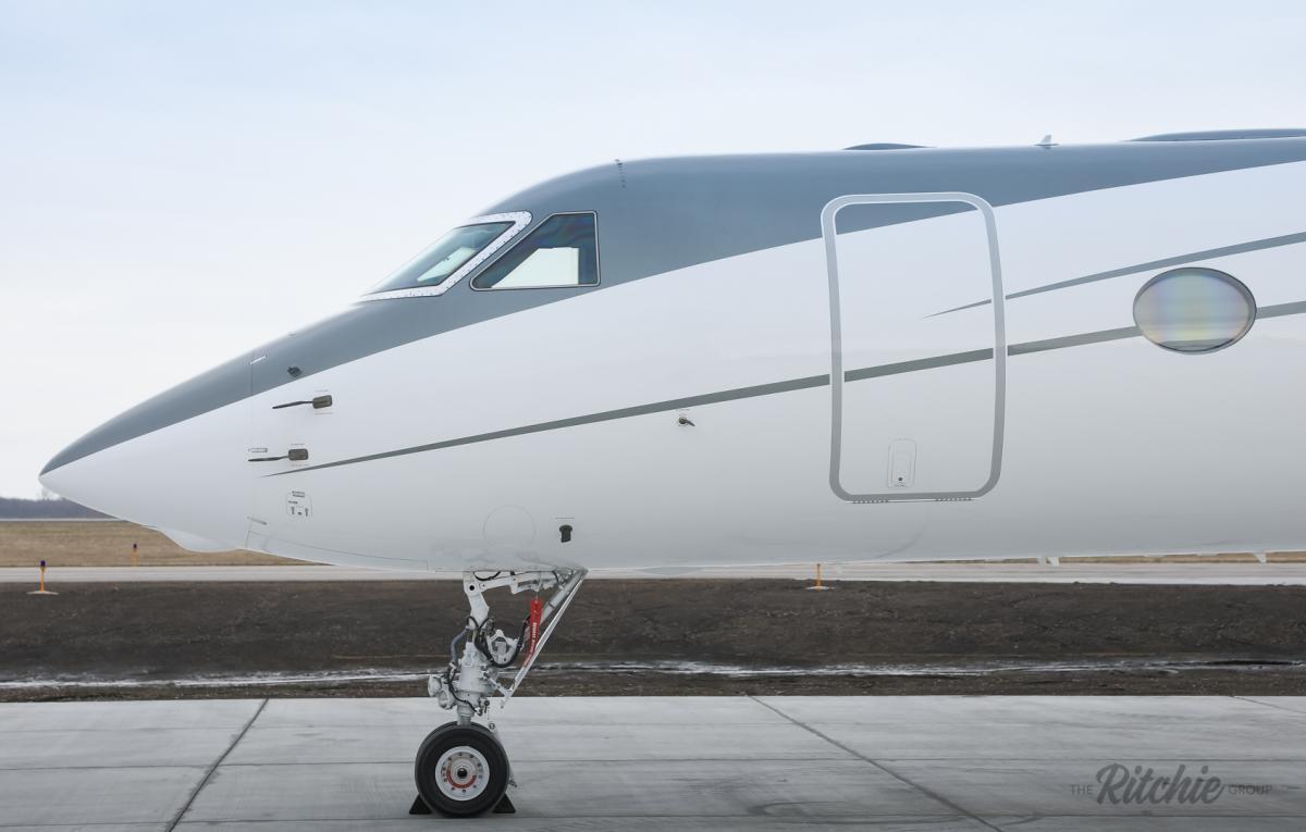 2004 Gulfstream G550 Photo 3