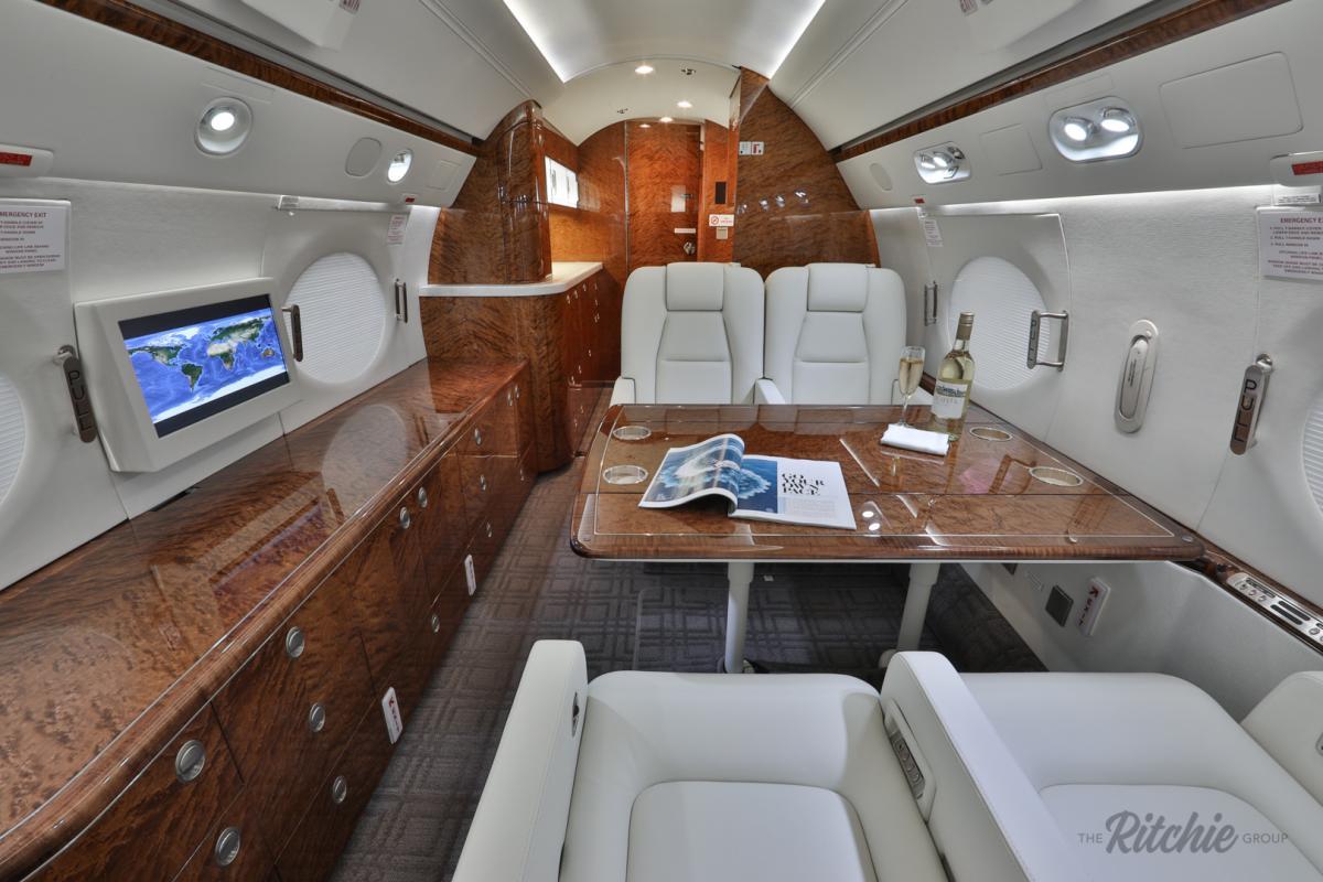 2004 Gulfstream G550 Photo 7