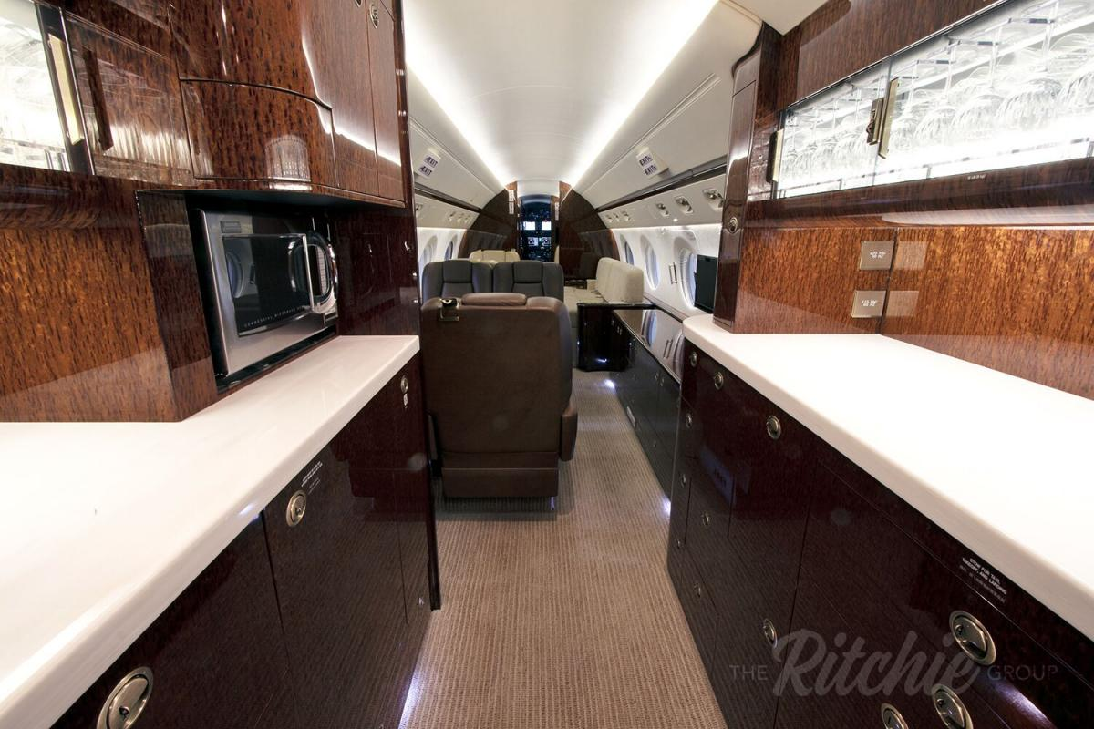 2012 Gulfstream G550 Photo 3