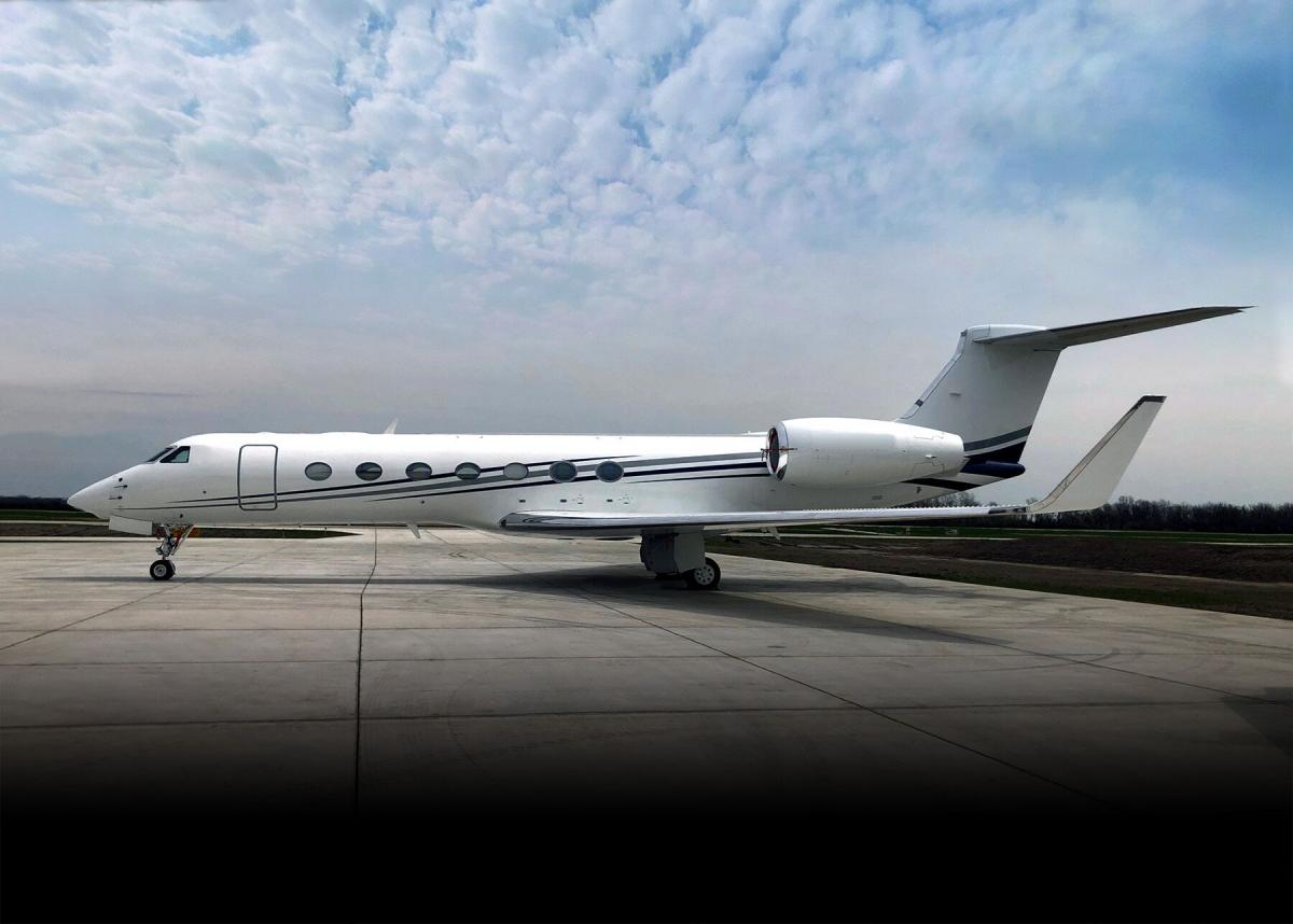 2012 Gulfstream G550 Photo 2