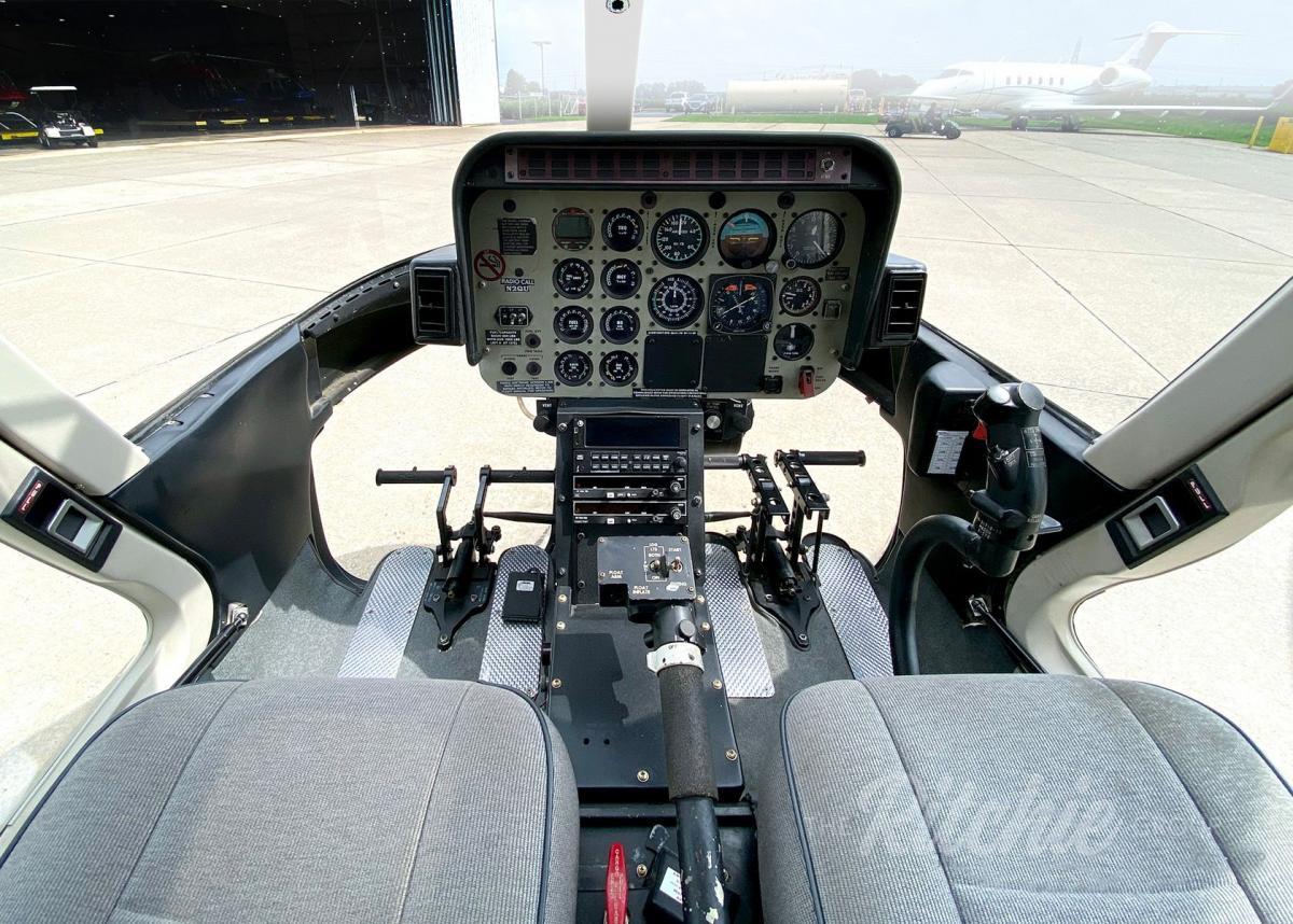 1997 Bell 407 Photo 3