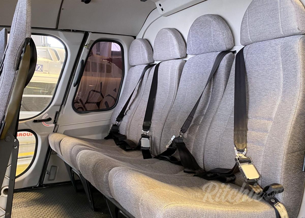 2003 Airbus AS350 B2 Photo 2