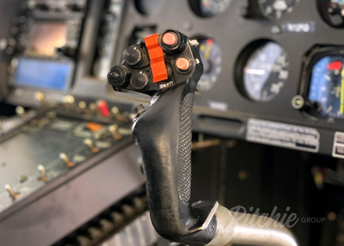 2003 Airbus AS350 B2 Photo 4