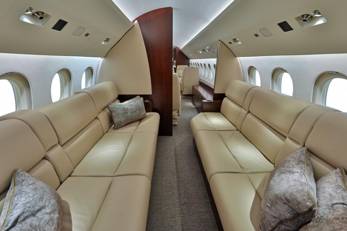 2010 Dassault Falcon 900LX Photo 4