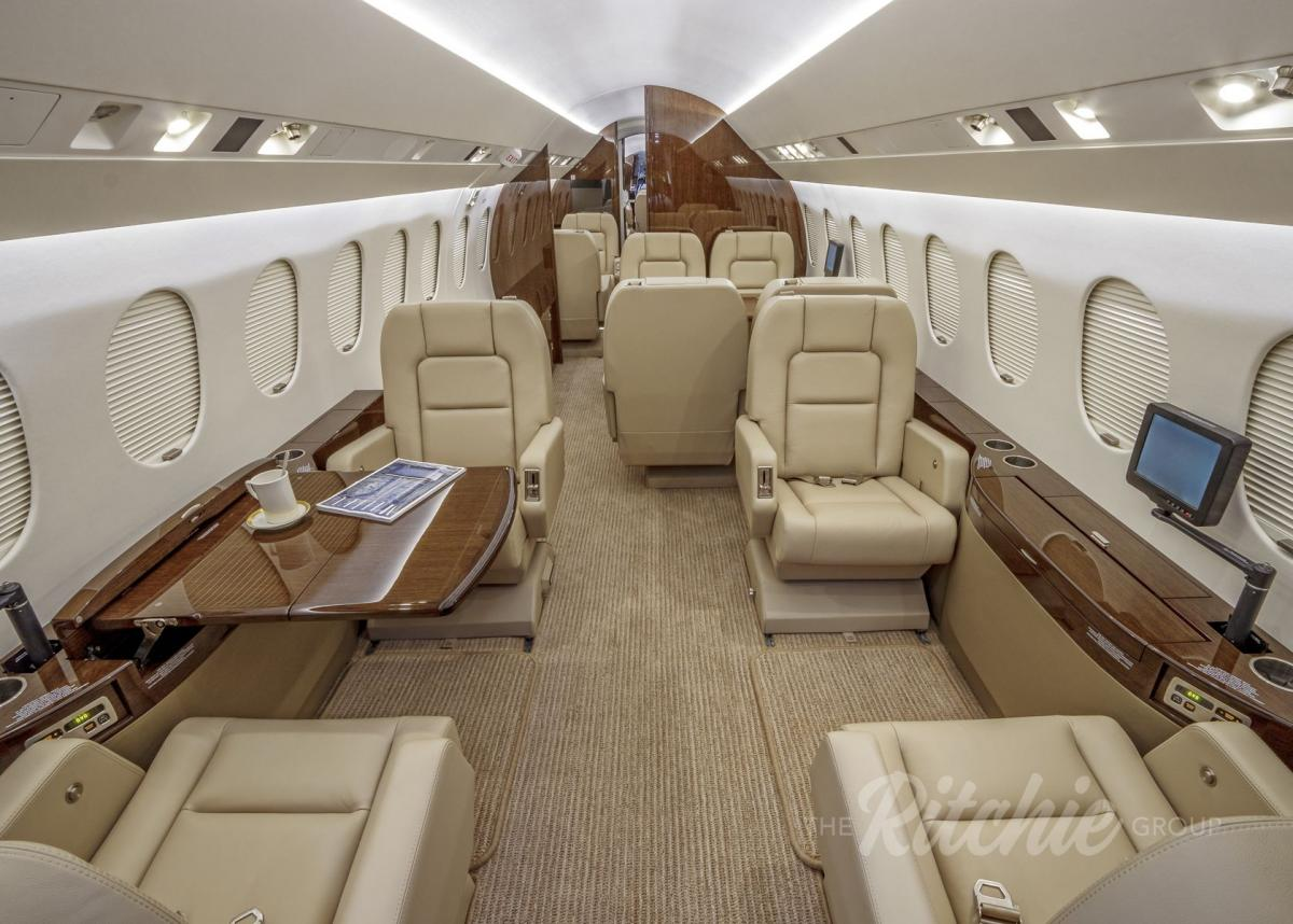 2007 Dassault Falcon 900DX Photo 6