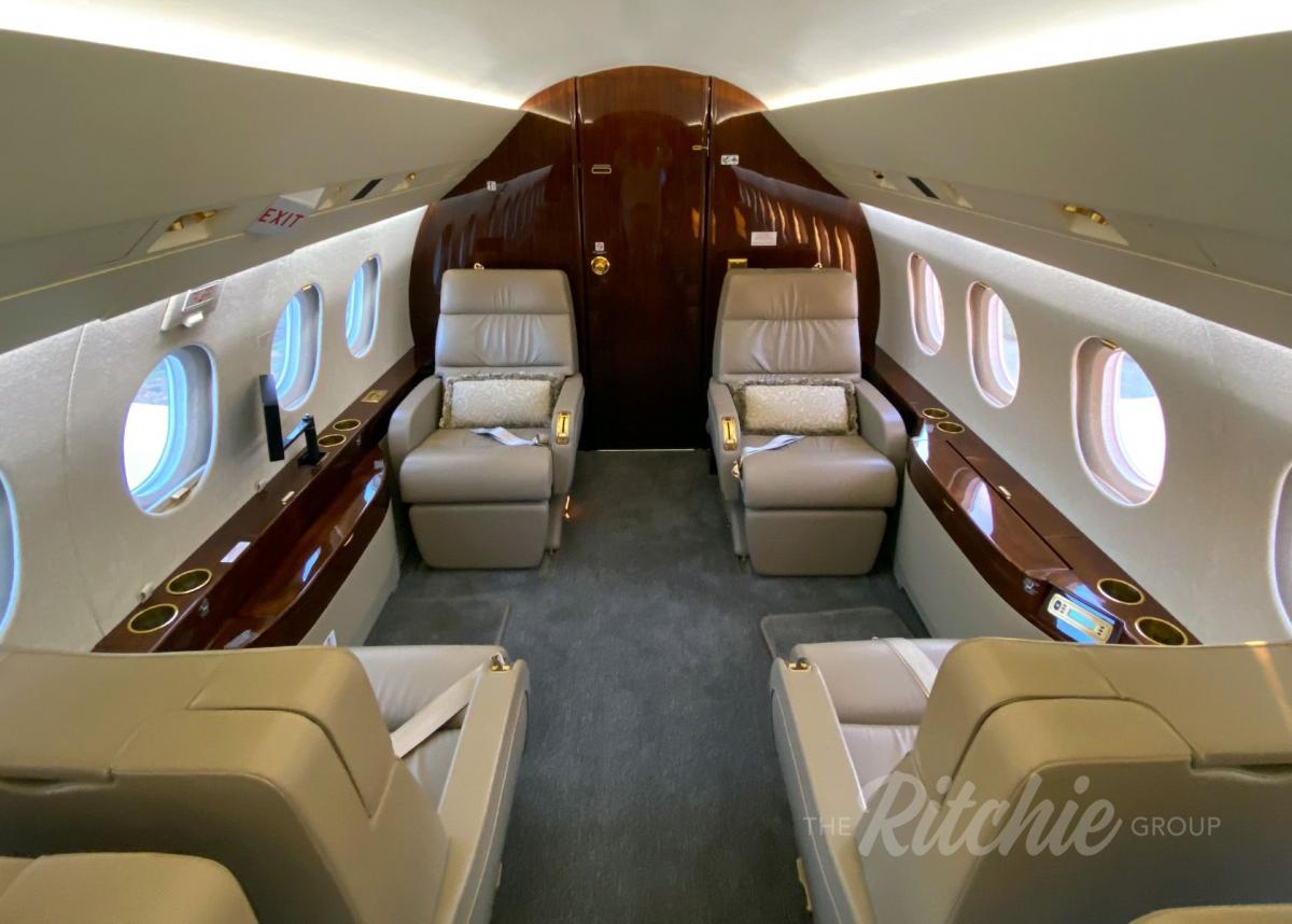 2008 Dassault Falcon 2000LX Photo 7