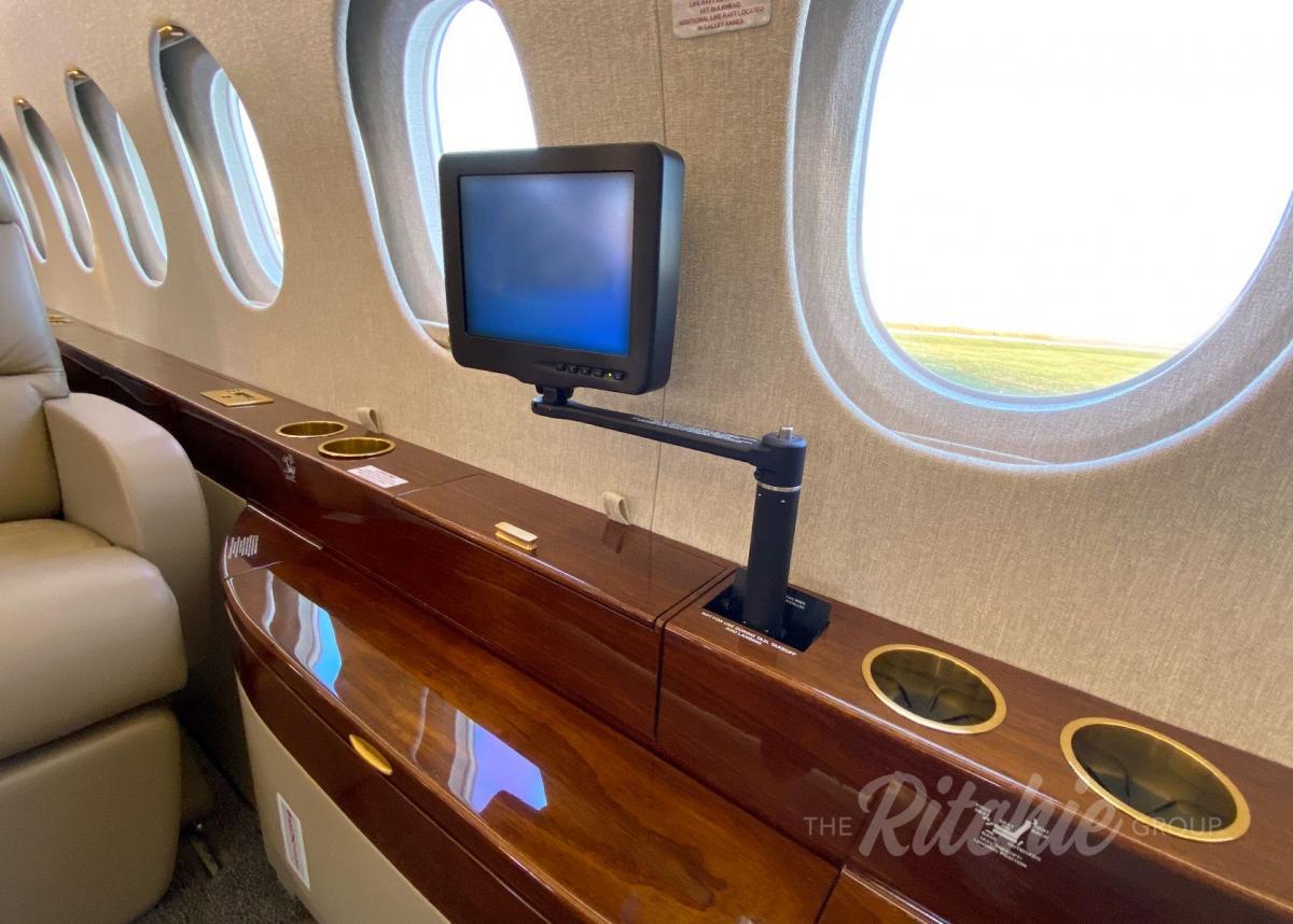 2008 Dassault Falcon 2000LX Photo 6