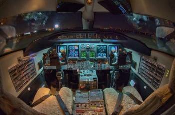 2007 Learjet 40XR - Photo 4