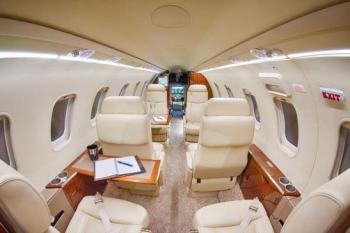 2007 Learjet 40XR - Photo 2