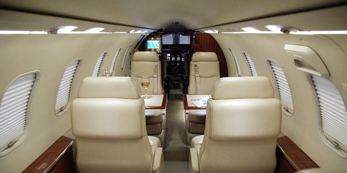 2005 Learjet 40 XR Photo 3