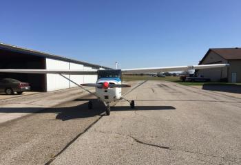 1967 Cessna 172 - Photo 2